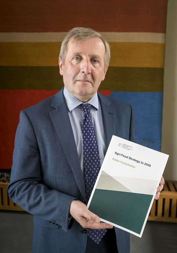 Minister launching report