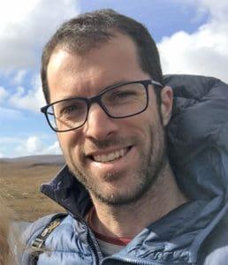 Dr Derek McLoughlin